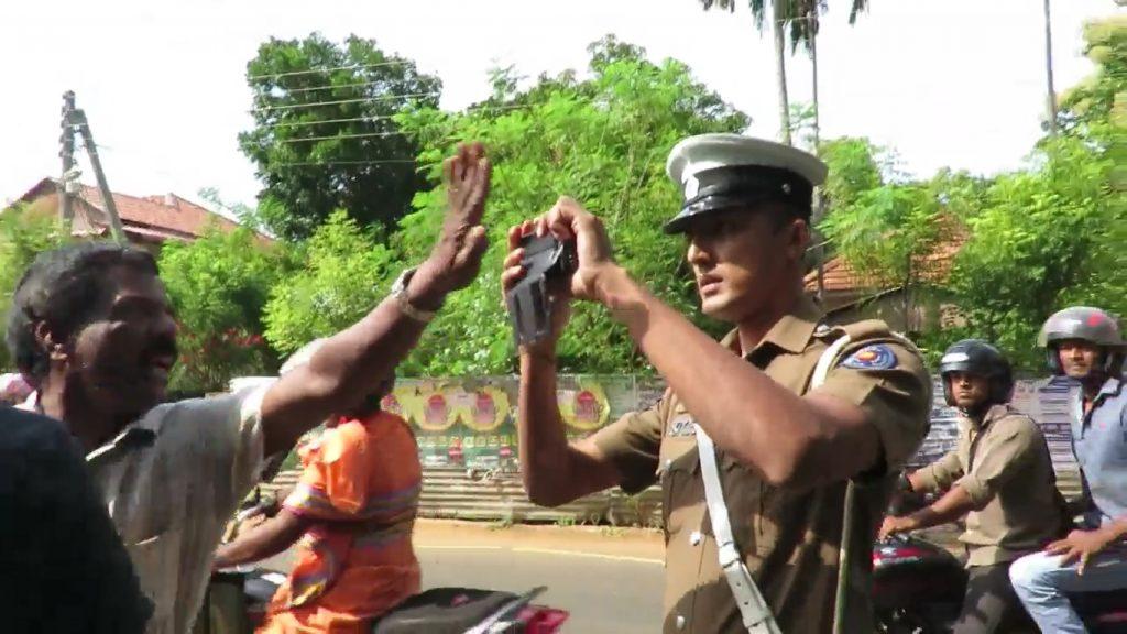87135-police-04
