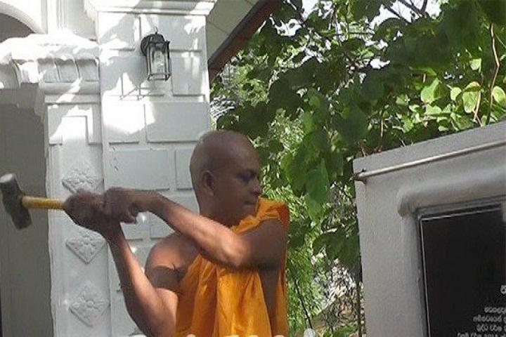 batticaloa-monk